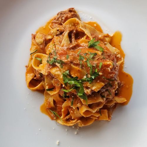 Tagliatelle al ragu all'antica